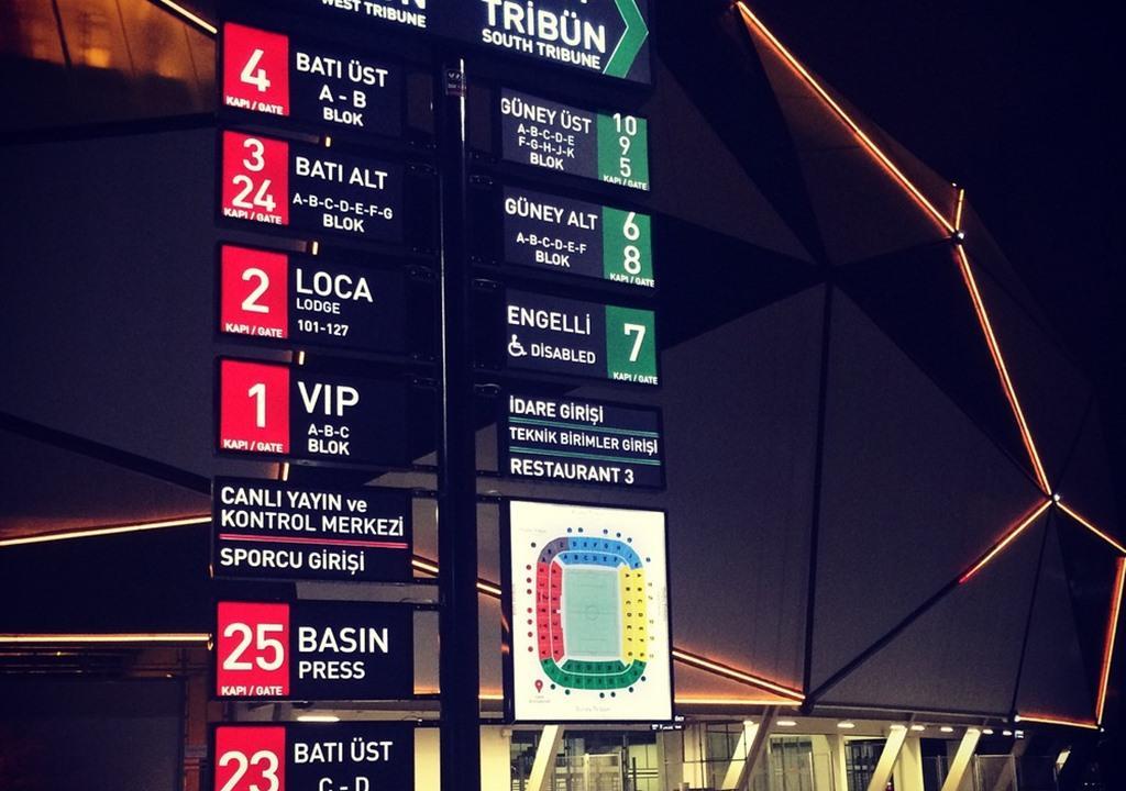 Konya Büyükşehir Stadyumu Yönlendirme Sistemleri